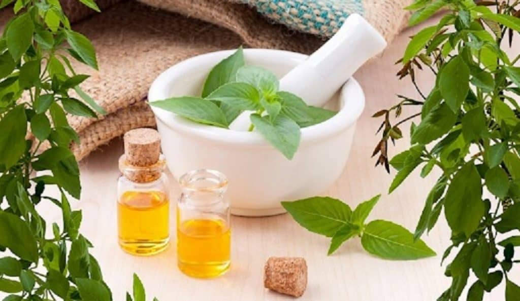 Are there natural remedies for oily scalp
