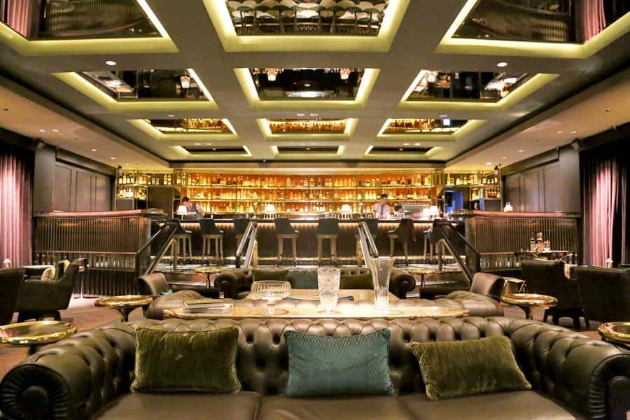 Manhattan is the Top 10 Bars in Singapore to Unwind