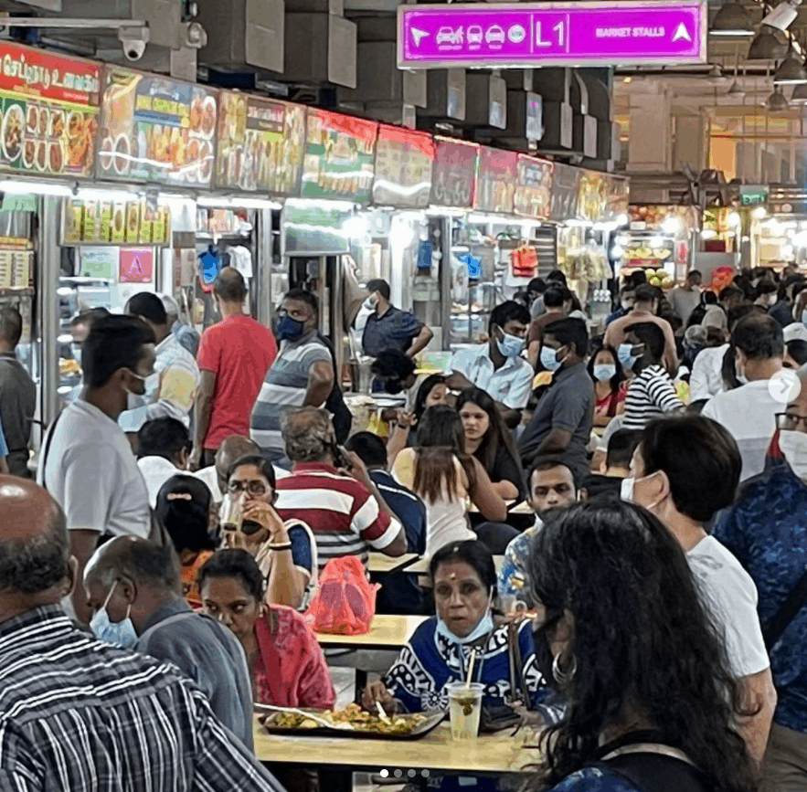 Tekka Centre (Tekka Pasar) is a cheap place to eat at Singaproe