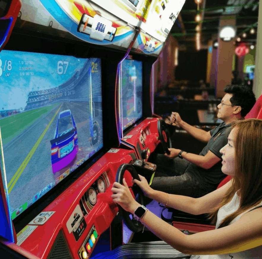 Level Up is an arcade for Adults, Best Arcades And Gaming Centers In Singapore with beer pool.