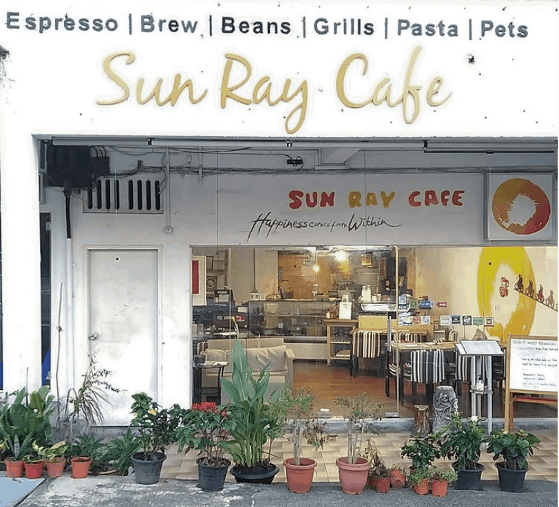 Sun Ray Café is the Best Dog Cafe in Singapore