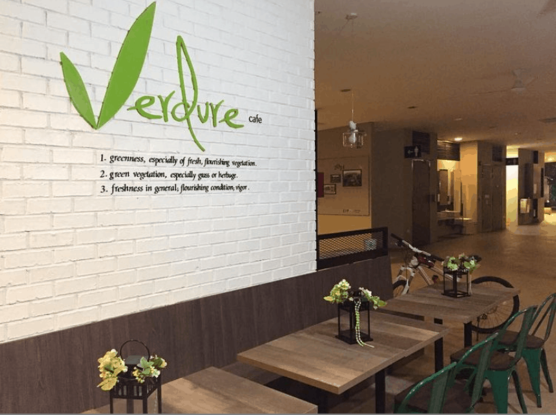 Verdure Café is top 10 Pet-Friendly Cafes in Singapore to Take Your Pets With You Fur A Pawsome & perfect Date