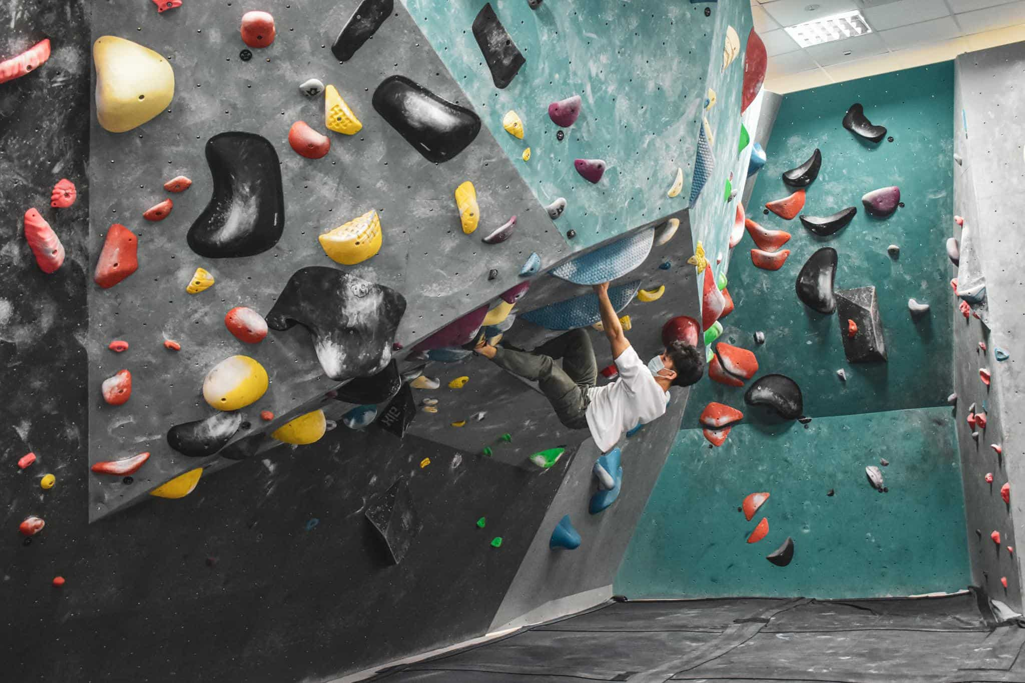 Boulder World is the Largest Indoor Bouldering Gym in Singapore, Is bouldering safer than rock climbing?, Is bouldering safer than rock climbing?, Is rock climbing expensive?, How do I start rock climbing in Singapore?, Can you get ripped by rock climbing?, Is rock climbing hard for beginners?, Is 50 too old to start rock climbing?