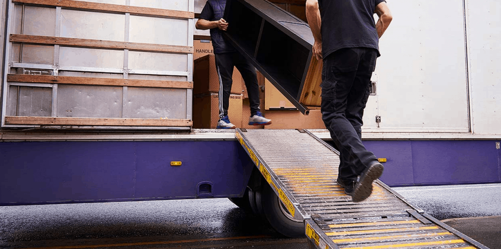 Wise Move is Lowest Priced Movers Singapore, Cheapest Home Movers Singapore with Free Quote and No Hidden Cost, How much do movers cost in Singapore?, How much should you pay a mover?, How much does a local mover cost?