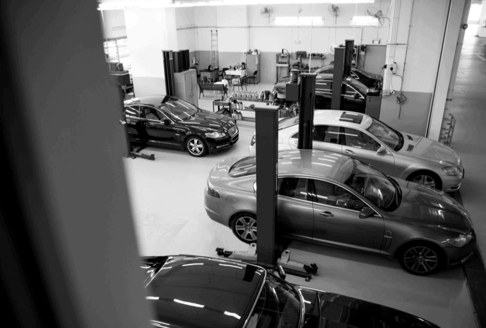 Kee Yong Automobile Service is Top 10 Mercedes Servicing Workshop in Singapore, 10 specialist workshops that can take care of your Mercedes, Where should I service my Mercedes?, How much does it cost to get a Mercedes serviced?, Do Mercedes need servicing?, Jaguar & Mercedes Benz Workshop, Kee Yong auto review,